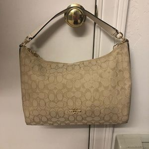 BNWOT Coach Hobo Shoulder Bag